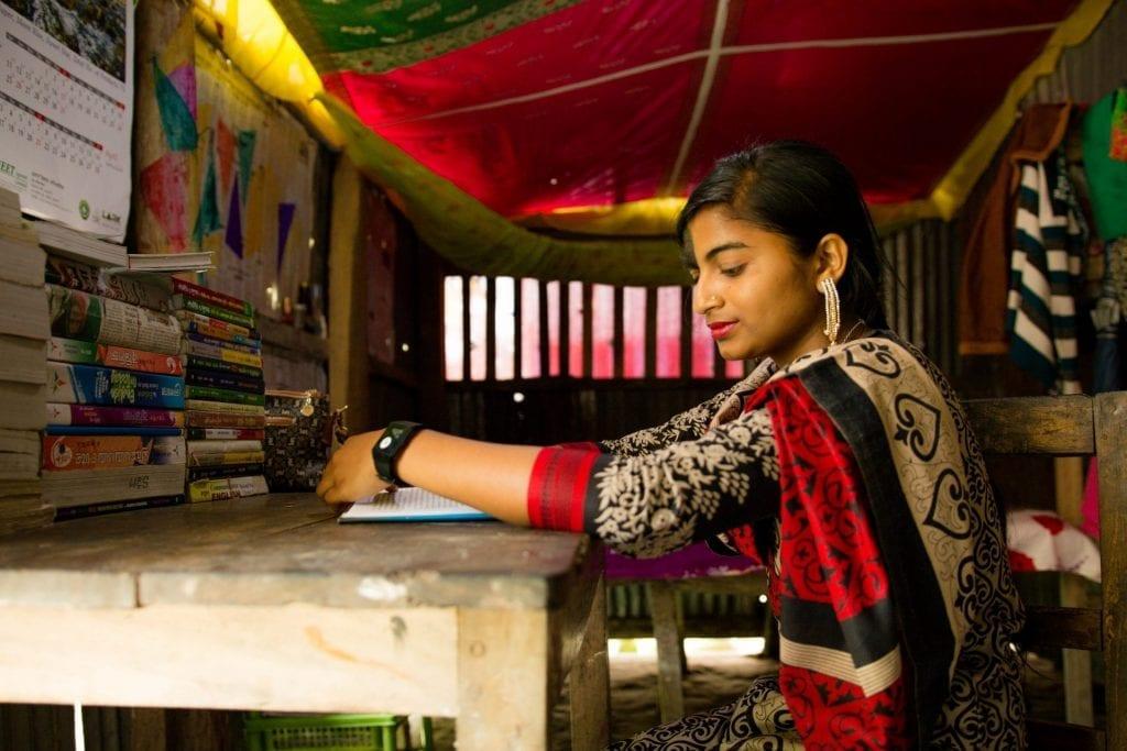 Sarmin uit Bangladesh strijdt samen met ActionAid tegen kindhuwelijken en voor vrouwenrechten.
